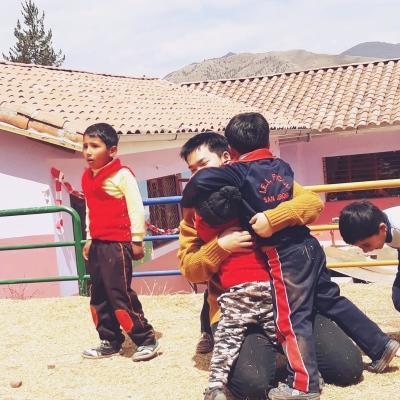 ペルーでチャイルドケア&地域奉仕活動 久保健太
